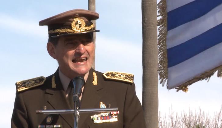 Comandante en jefe del Ejército, Guido Manini Ríos.