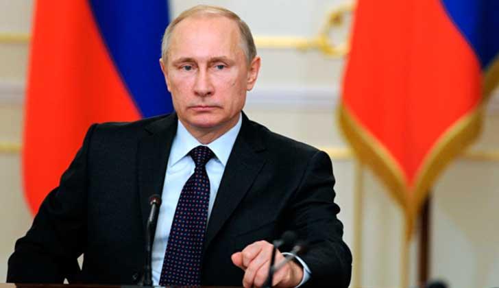 """Putin: """"Los servicios especiales de EE.UU. son la fuente del virus 'extorsionador'""""."""