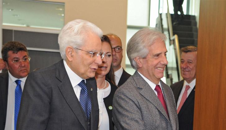 Vázquez recibe con honores de Estado al presidente de Italia