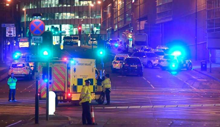 May reitera nivel crítico de amenaza terrorista en Reino Unido