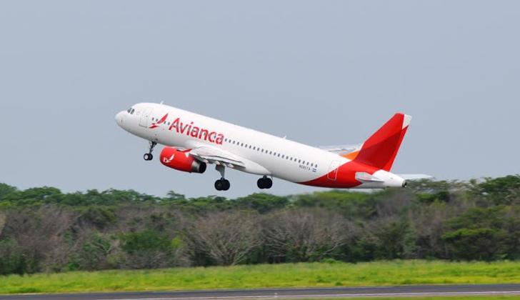 Llega a Montevideo el primer vuelo directo de Avianca proveniente de Bogotá