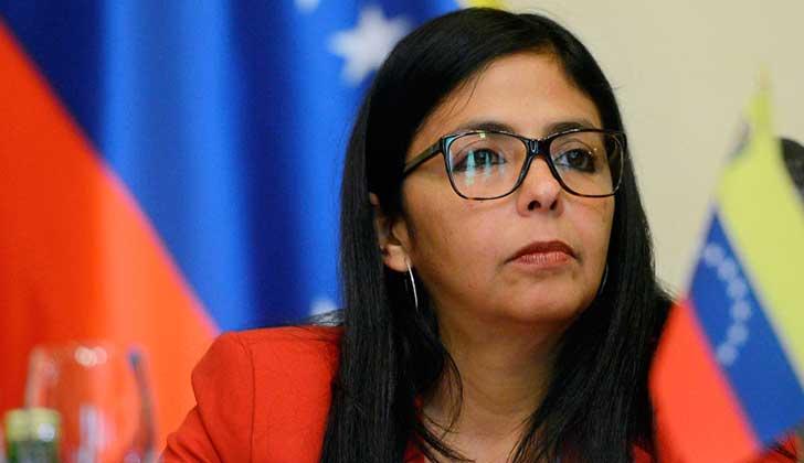 """Delcy Rodríguez acusó a Honduras de pedir """"más derramamiento de sangre"""" en Venezuela."""