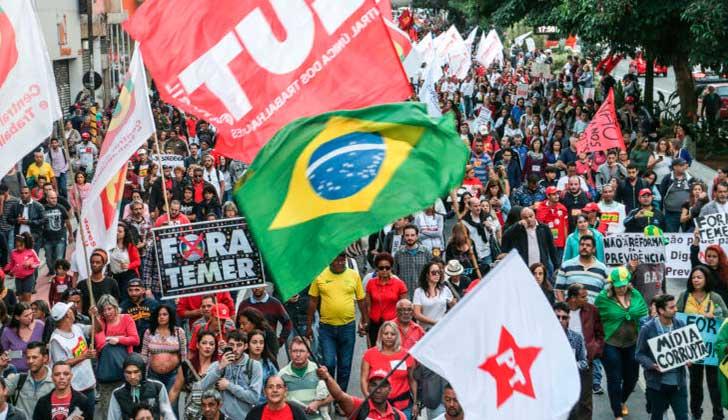 Graban a Temer pactando sobornos para silenciar corrupción — Escándalo en Brasil