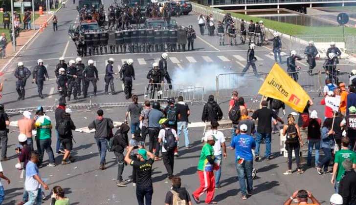 Temer envió al Ejército a las calles para intervenir en las protestas que exigen su renuncia.
