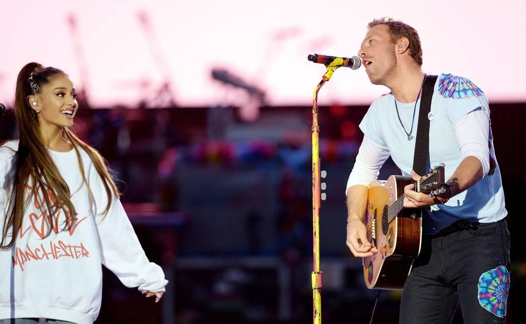 Ariana Grande y Miley Cyrus protagonizan emotivo momento