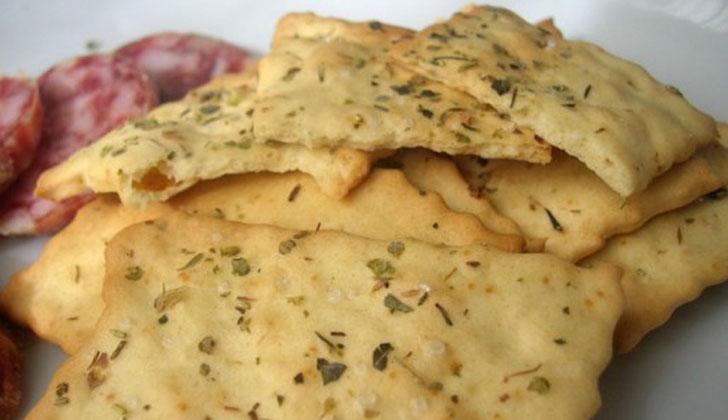 Crackers1