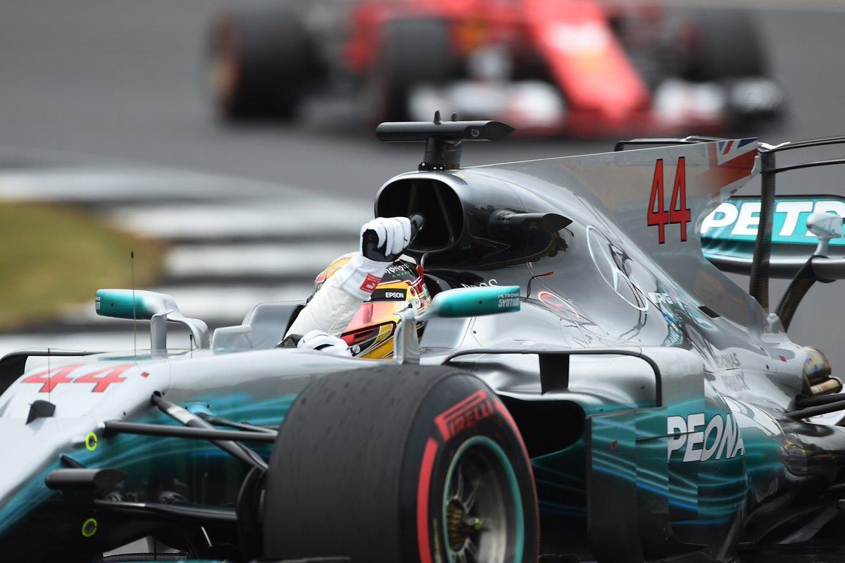 Lewis Hamilton gana en Silverstone; Checo Pérez es noveno
