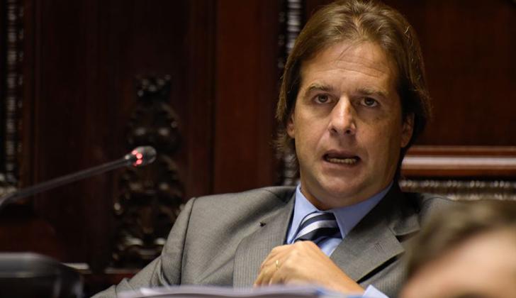 Lacalle Pou apoyará plebiscito para derogar inclusión financiera