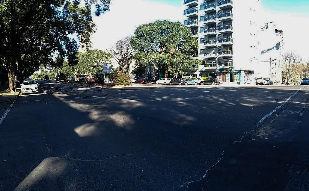 El Bulevar Artigas parecía un domingo aunque era un día entre semana. Foto: Carlos Loría - LARED21