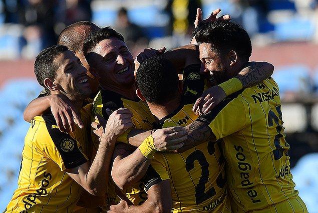 Peñarol le gana 1 a 0 a El Tanque Sisley
