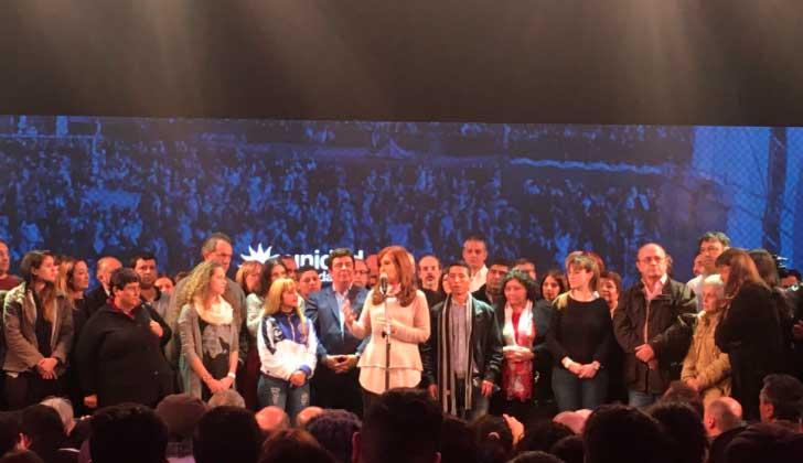 Cristina Kirchner insiste en que hubo 'irregularidades' en las elecciones