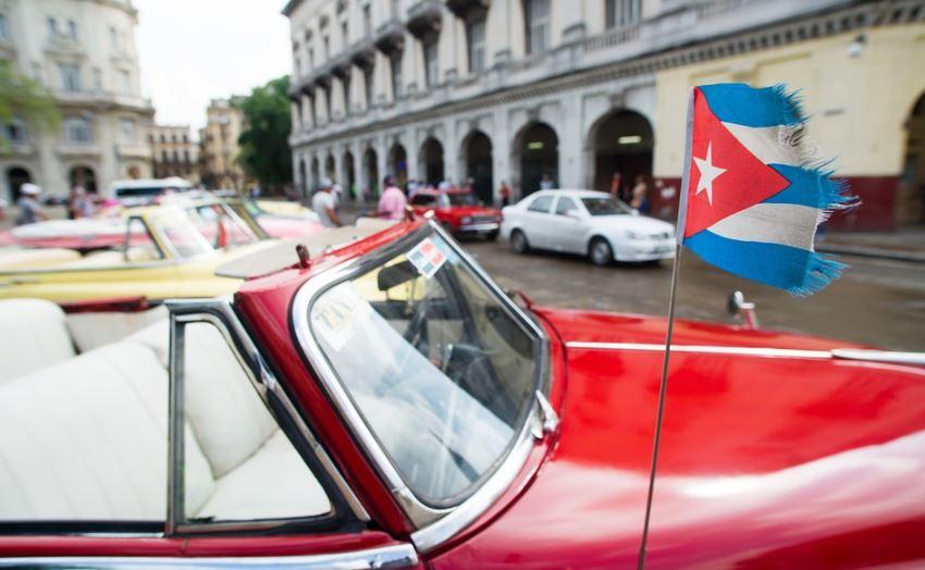 Cuba suspende entrega de licencias para poder realizar trabajo independiente al estado