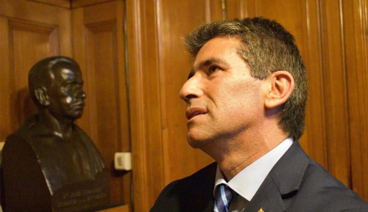 URUGUAY: Reunión urgente en el Frente Amplio por caso Sendic