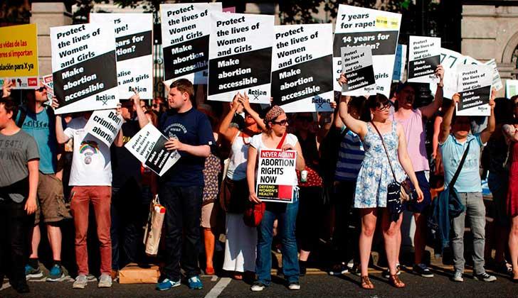 Irlanda someterá al voto popular la despenalización del aborto en 2018.