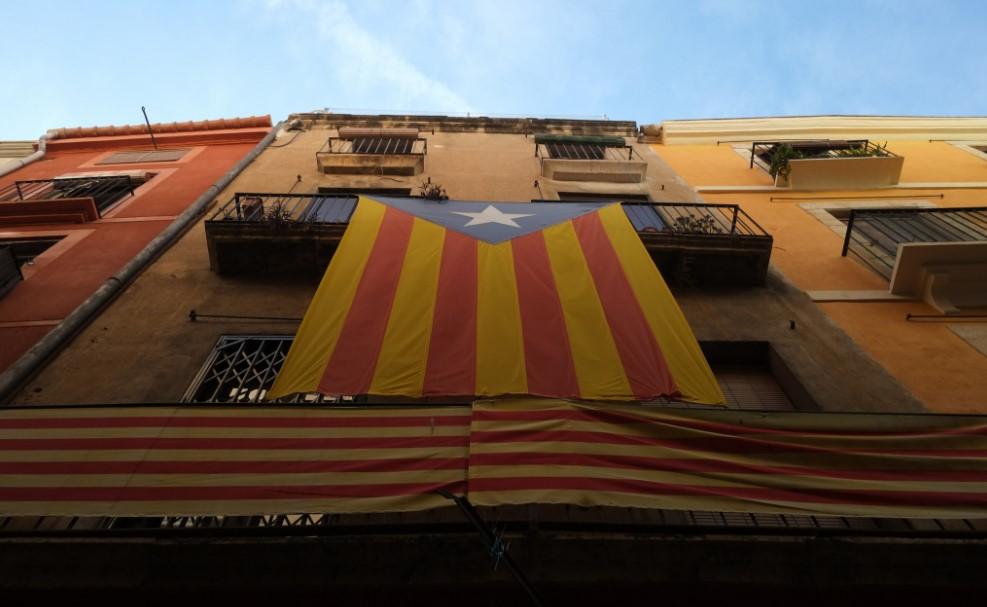 Bandera de Cataluña en un edificio de Barcelona. Foto: Andreas Klinke Johannsen