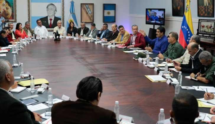 Maduro acepta reinicio de diálogo propuesto por mediadores; la MUD considera que no existen las condiciones necesarias para conversar. Foto: 🇻🇪 @vencancilleria