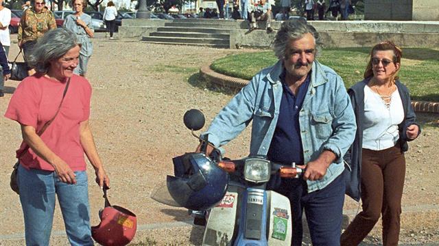 Topolansky (izq) junto a Mujica, en una foto de archivo.