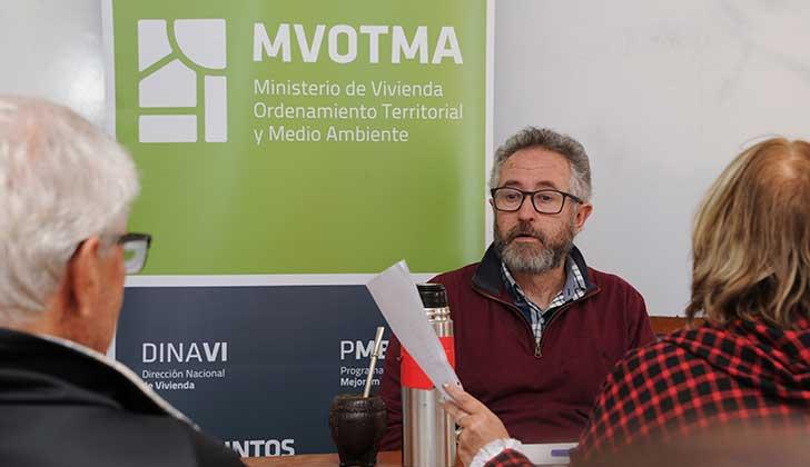 MVOTMA prevé otorgar 250 soluciones habitacionales a familias de bajos recursos de Rocha. Foto: Presidencia