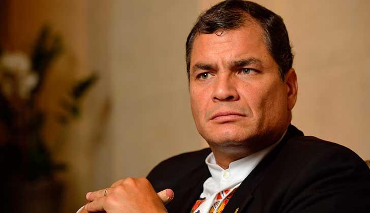 """Rafel Correa: """"Los principales instrumentos de manipulación son ciertos medios de comunicación""""."""
