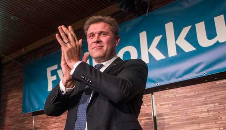 Los conservadores ganan las elecciones en Islandia pero dependen de fuerzas de centro.