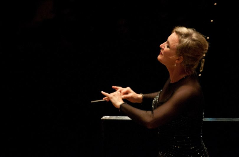 Ligia Amado, directora de la Filarmónica de Montevideo
