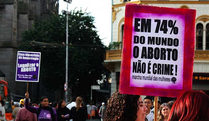Comisión de Diputados en Brasil aprobó una propuesta que prohíbe todo los tipos de aborto.