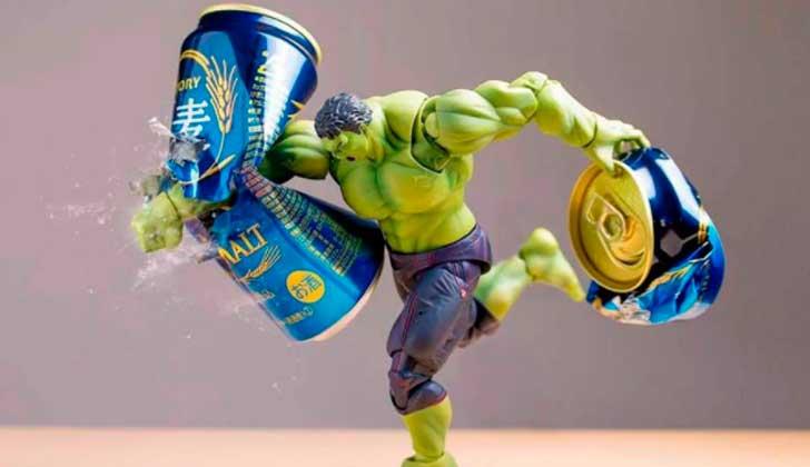 Imperdibles imágenes de juguetes que cobran vida gracias al trabajo de un fotógrafo japonés.