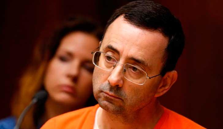 Larry Nassar, exmédico del equipo de gimnasia de EE.UU. se declara culpable de abusos sexuales.