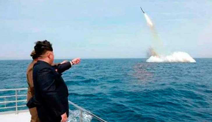 Trump dice que Kim Jong Un lo insultó al llamarlo