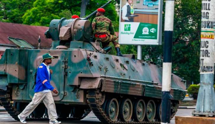 El Ejército toma el control de Zimbabue .