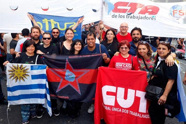 """PIT-CNT: """"Cuando los gobiernos no pueden privatizar, tercerizan el trabajo"""". Foto: PIT-CNT"""