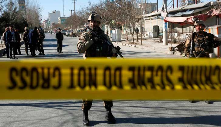 Al menos 40 muertos en un atentado contra un centro cultural en Kabul.