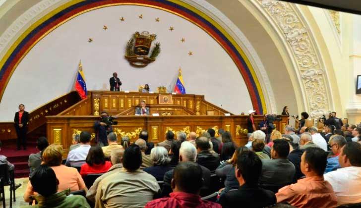 Constituyente arremete contra oposición — Venezuela