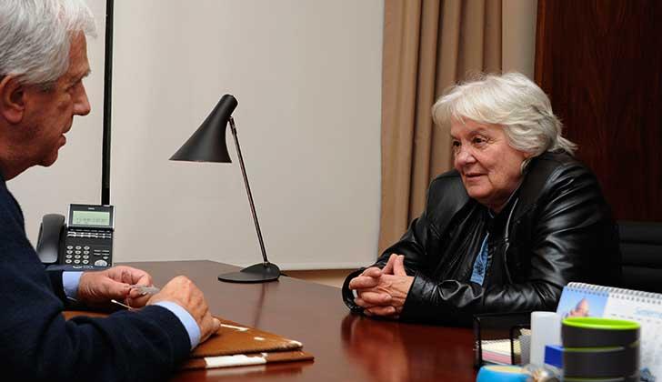 """Topolansky:  """"Vamos a encontrar una solución que no sea ni perjudicial para los cincuentones ni para el país"""". Foto: Presidencia"""