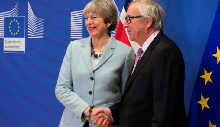 La UE y Reino Unido cierran un primer acuerdo por el Brexit.