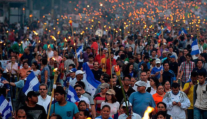 Inmigrantes de Triángulo Norte centroamericano crecieron en EEUU en 2007