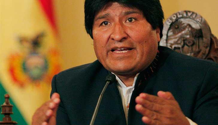 """Evo Morales: """"¿Por qué EE.UU. y la OEA mantienen un silencio cómplice sobre las elecciones en Honduras?""""."""
