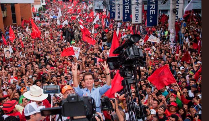 """¡NO AL FRAUDE!"""": Masivas marchas de la oposición en  Honduras."""
