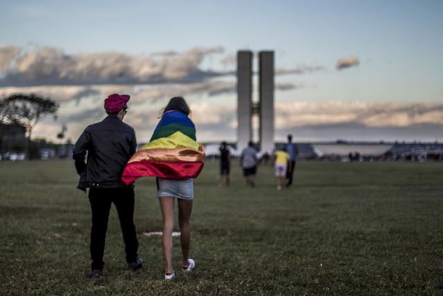 Asistentes a la marcha de la diversidad de 2017 en Brasilia. Foto: Mídia Ninja