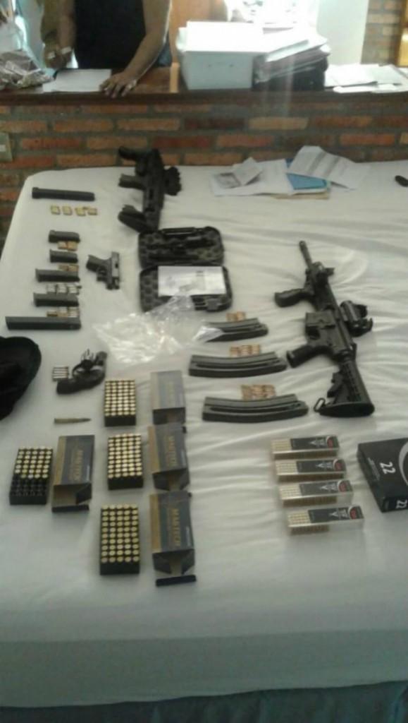 Armas incautadas a Balcedo / Foto: Infobae