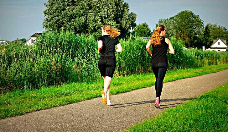 El ejercicio físico es mejor que los medicamentos para tratar los problemas de memoria. Foto: Pixabay