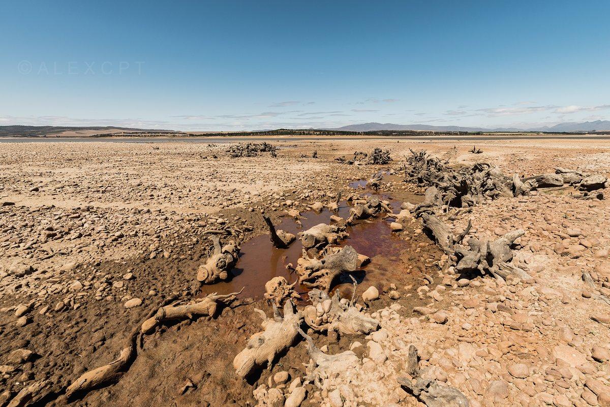 Imagen de una zona de Ciudad del Cabo, afectada severamente por la sequía: Foto: Twitter Alex de Kock