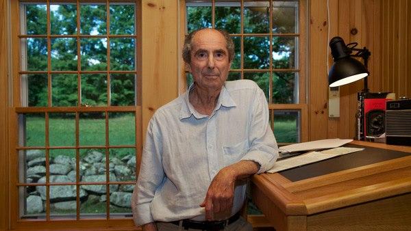 Philip Roth en su casa en Connecticut, en el estudio en donde engendró la mayoría de sus obras. Foto: Facebook Philip Roth