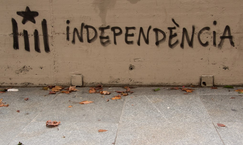 Un grafiti que pide independencia de Cataluña, en una pared de Barcelona. Foto: Don McCullough