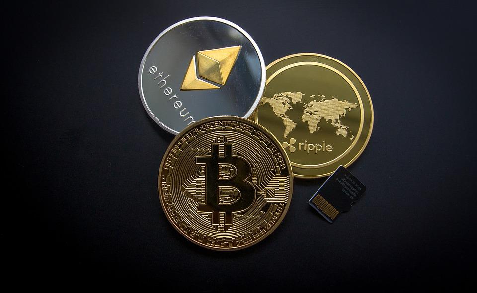 Bitcoin, Ethereum y Ripple son tres de las más populares criptodivisas del mundo. Foto: Pixabay