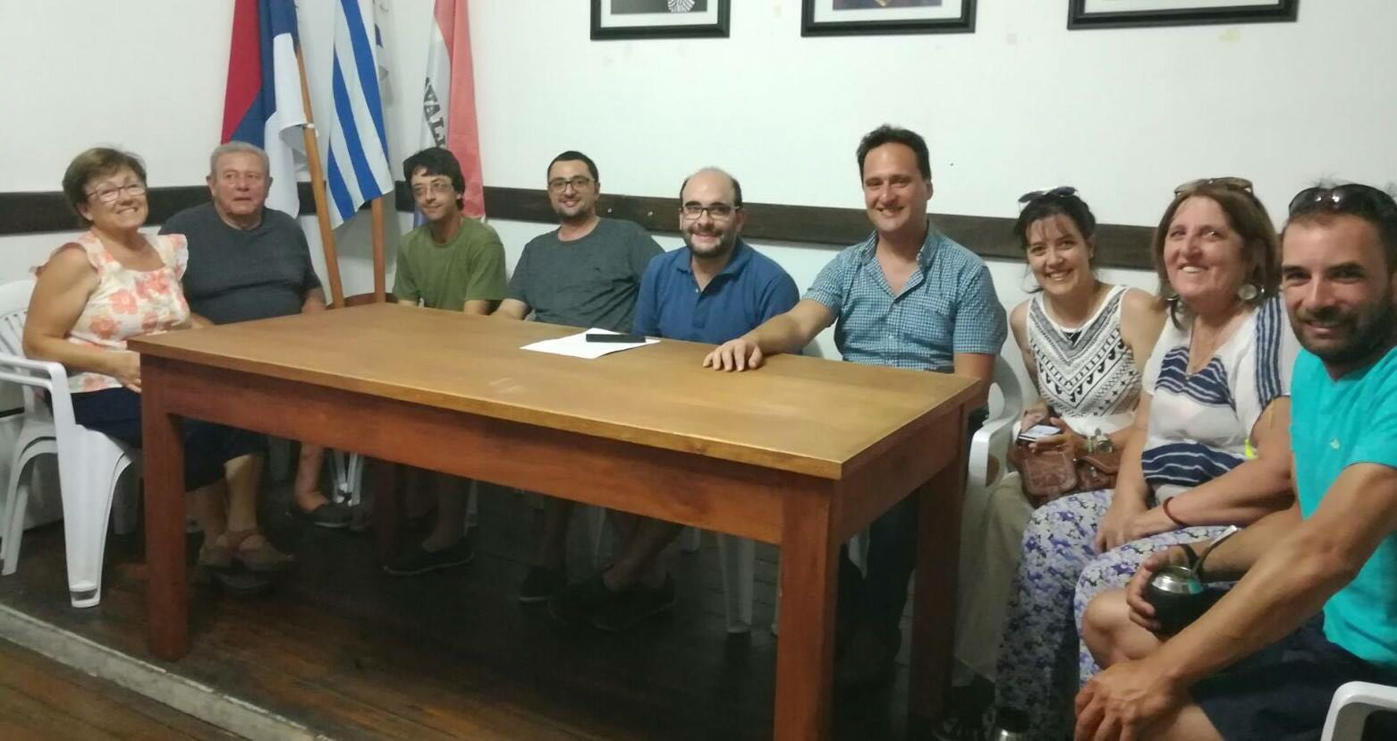 Varios de los ediles de la Junta Departamental de Lavalleja, en laconferencia de prensa de esta semana.