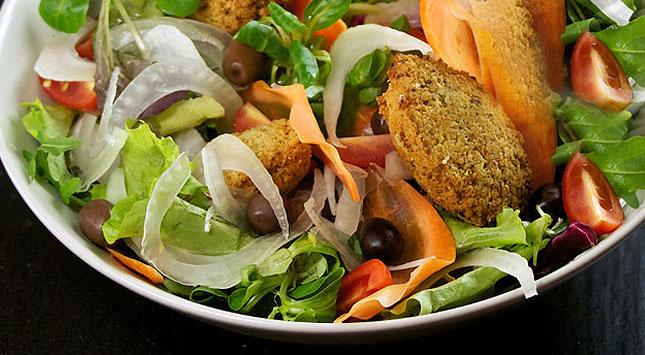 liviano-y-nutritivo-ensalada-crujiente
