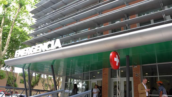 Puerta de emergencia del Hospital Pasteur / Foto: Presidencia