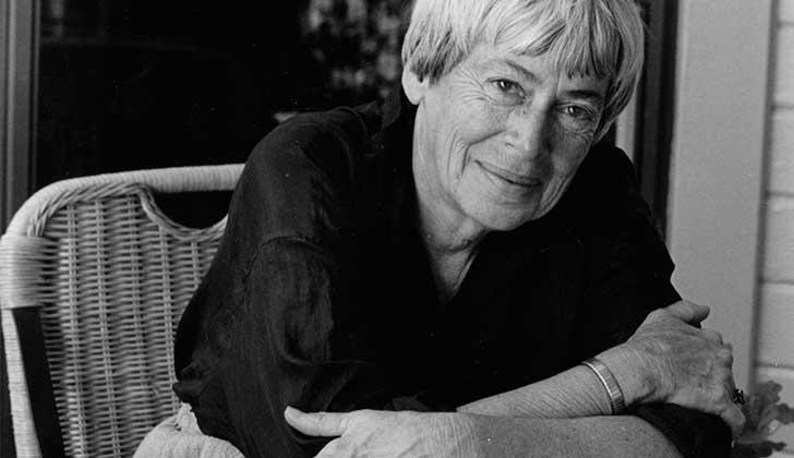 Ursula K. Le Guin, la maestra feminista de la ciencia ficción y la fantasía falleció a los 88 años.