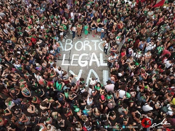 El 19 de febrero decenas de miles marcharon pidiendo aborto legal ya en Argentina. Foto: Facebook/Checamaras